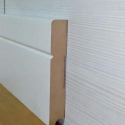 Плинтус P4 белый крашенный Современный-модерн 100 мм